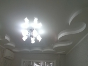 Натяжной потолок комбинированный