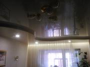 Натяжные потолки в 2х уровнях криволинейные