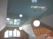 Натяжной потолок красивый небесный глянец