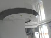 Натяжной потолок сложное решение, совмещение фактур и расцветок