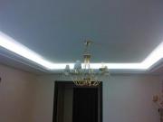 Натяжной потолок гляцевый модель парящий