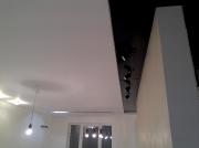 Натяжной потолок матовый белый, черный глянцевый