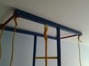 Натяжной потолок. Крепление спорт оборудования.