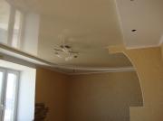 Натяжной потолок глянец комбинированный